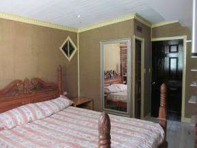 Spare rooms Bethania