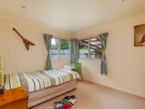 Single Room Accommodation In Luxury Home